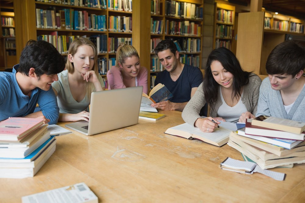 shutterstock_140079079 students library