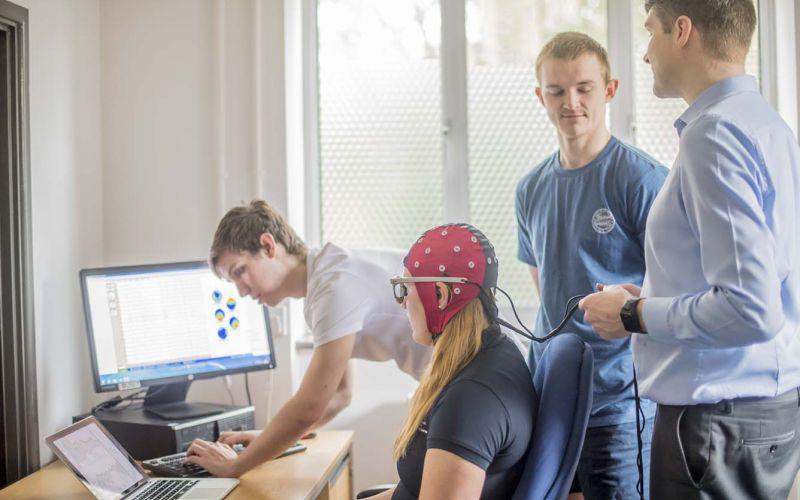 Studere kiropraktikk i England - AECC University College