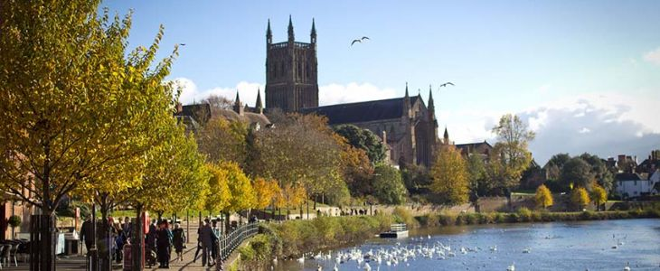 Studere ved University of Worcester i England