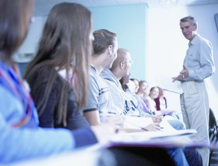 Studere i England - University of Winchester - studenter forelesning