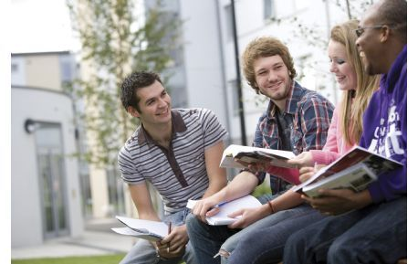 Studere i England - University of Kent - studenter