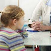 Studere barnepsykologi