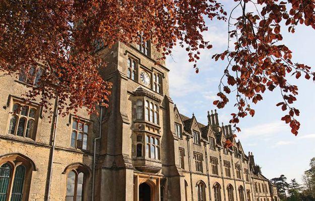 Studere i England - Royal Agricultural University