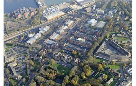 Studere i England - University of Kent - sett fra luften
