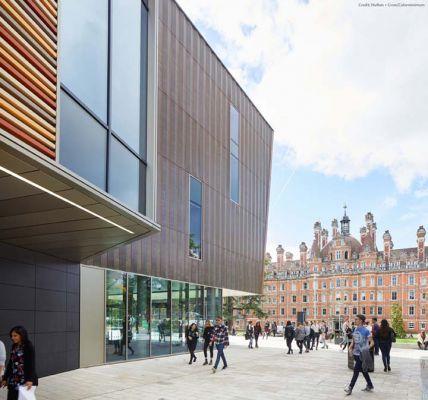 Studere i London - Royal Holloway University