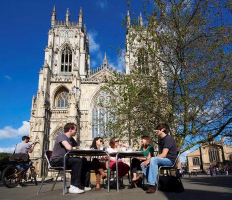 Studere i England - University of York - York Minster